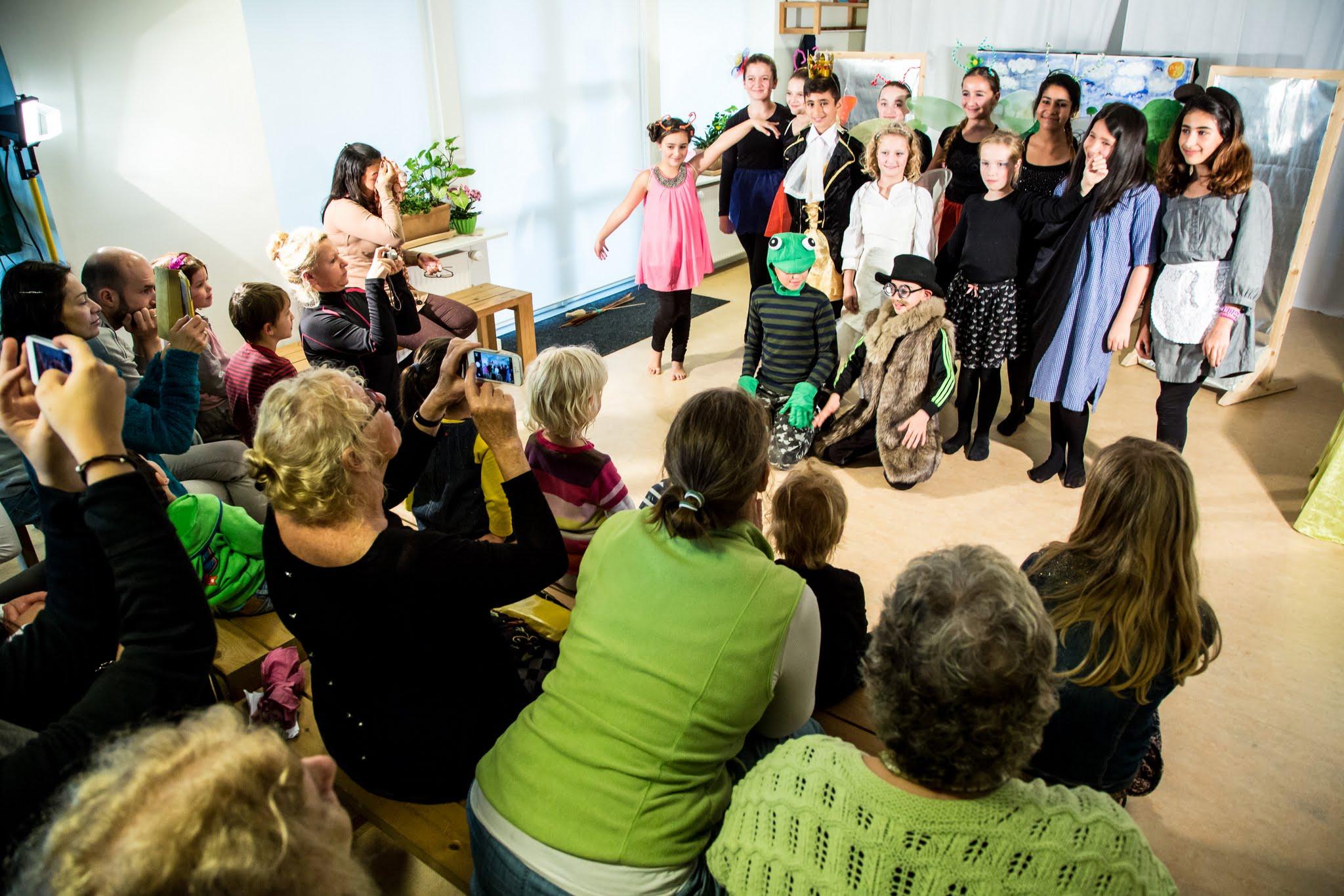 Tommelise – Teater i Fælleshuset